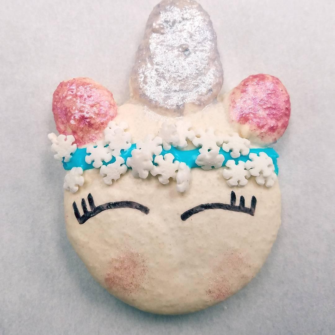 Macaron Monday!!! 🦄🦄🦄🦄🦄�