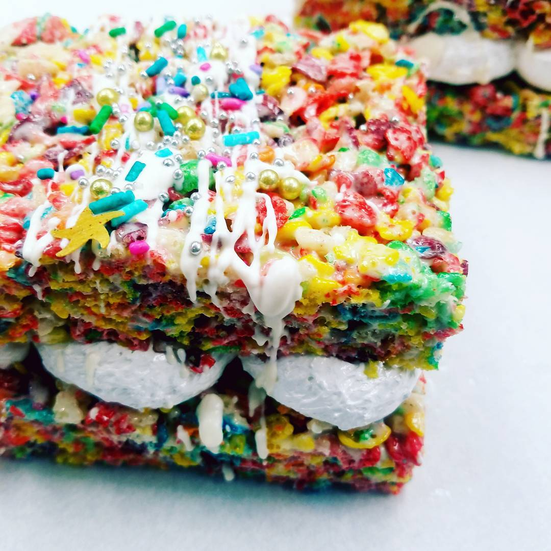Fruity Pebb FLUFF Sammies…we had a