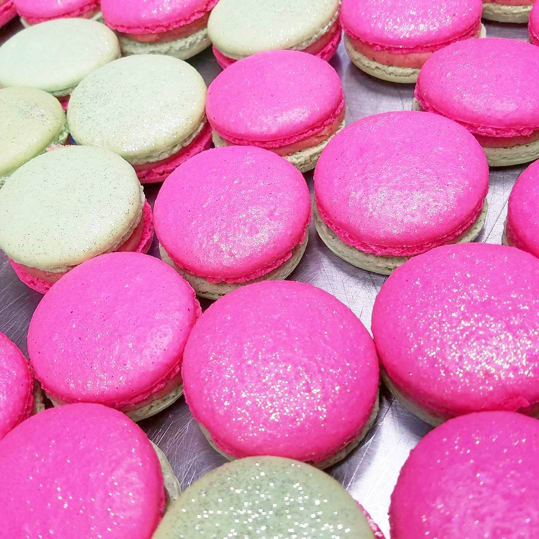 Strawberry Lime Macarons. Fresh Strawber