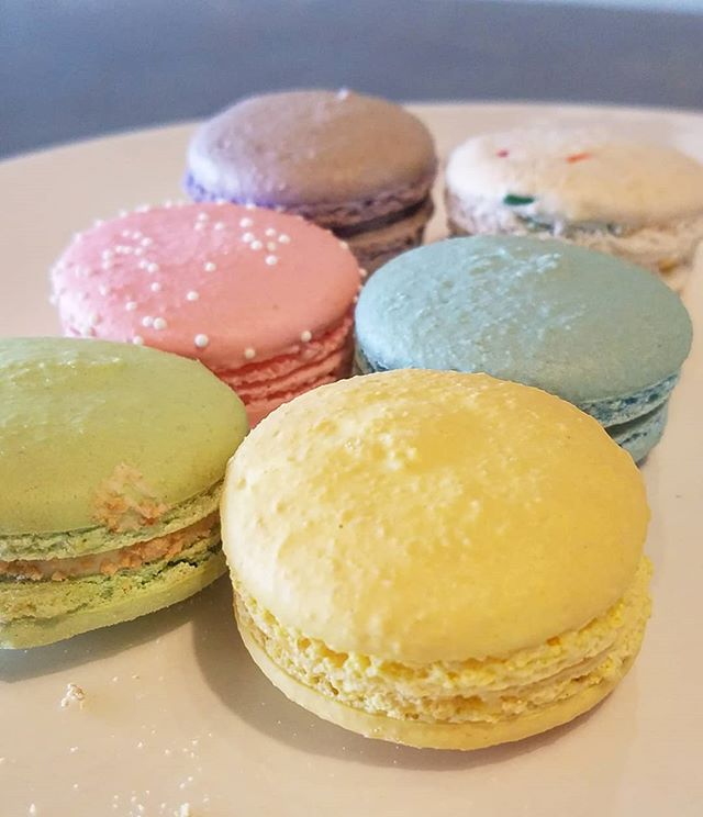Macaron Monday 💖 @bellekitchenokc #ma
